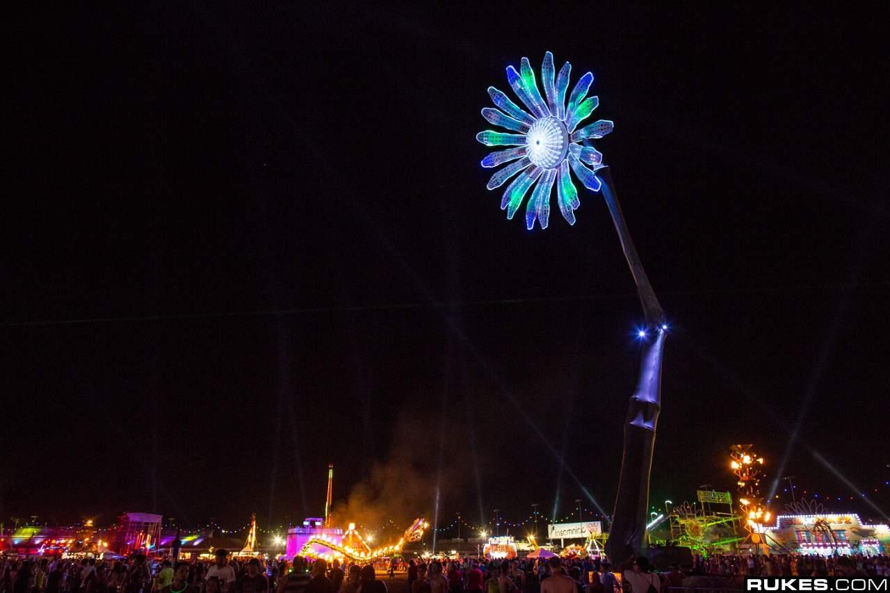 Electric Daisy Carnival 2013