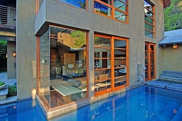 Calvin Harris Spends $7 Million on Hollywood Mansion12