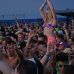 20 - Crowd Girl