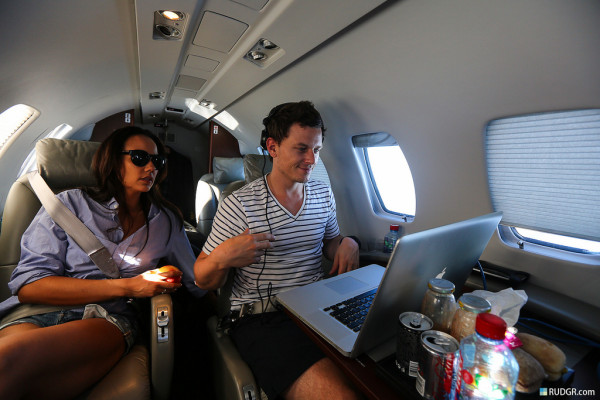 these are the edm djs who fly private jets