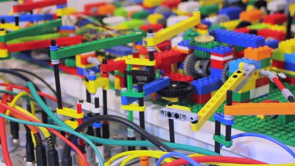 Watch as Homemade Legos Play Acid House