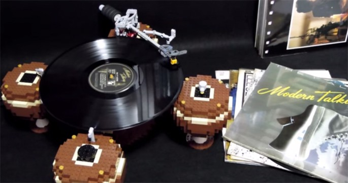 Someone Built A Working Turntable Out Of Legos