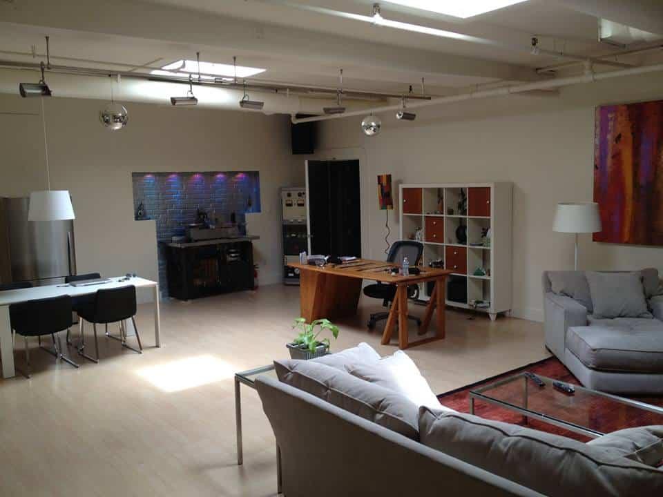 Danny Tengalia Home Studio14