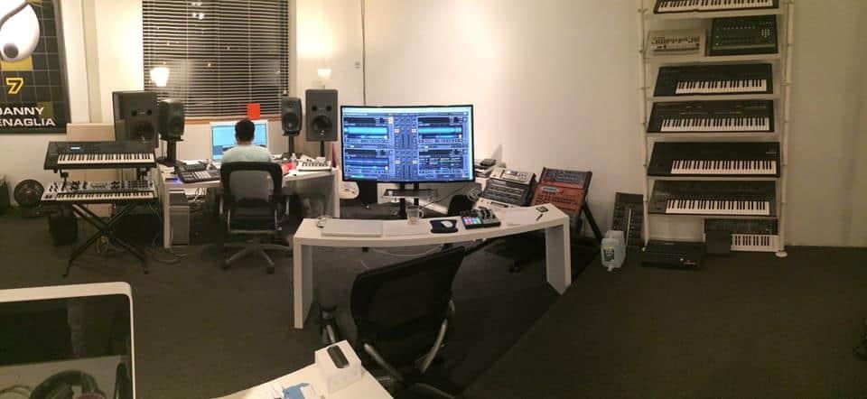 Danny Tengalia Home Studio17