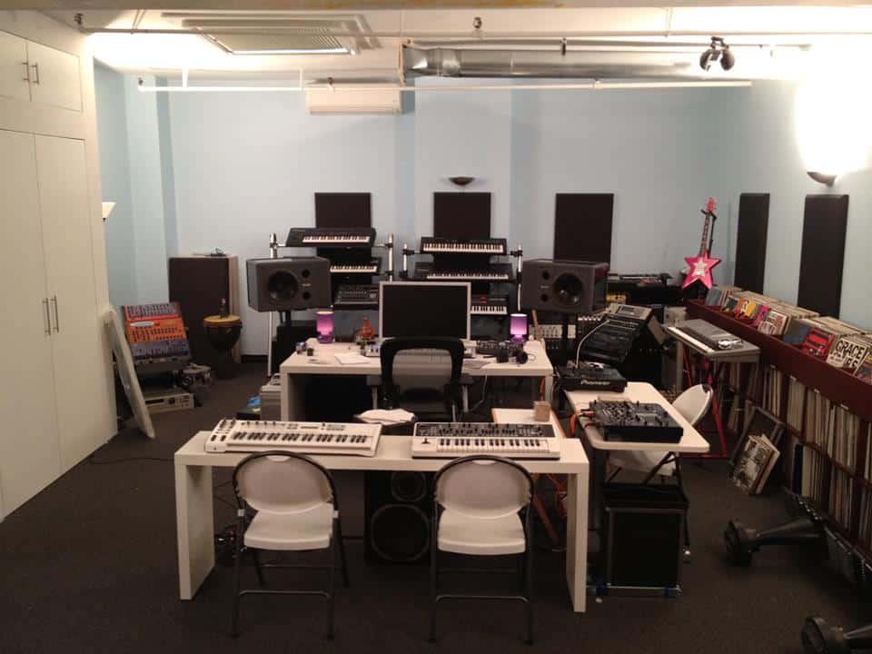 Danny Tengalia Home Studio7
