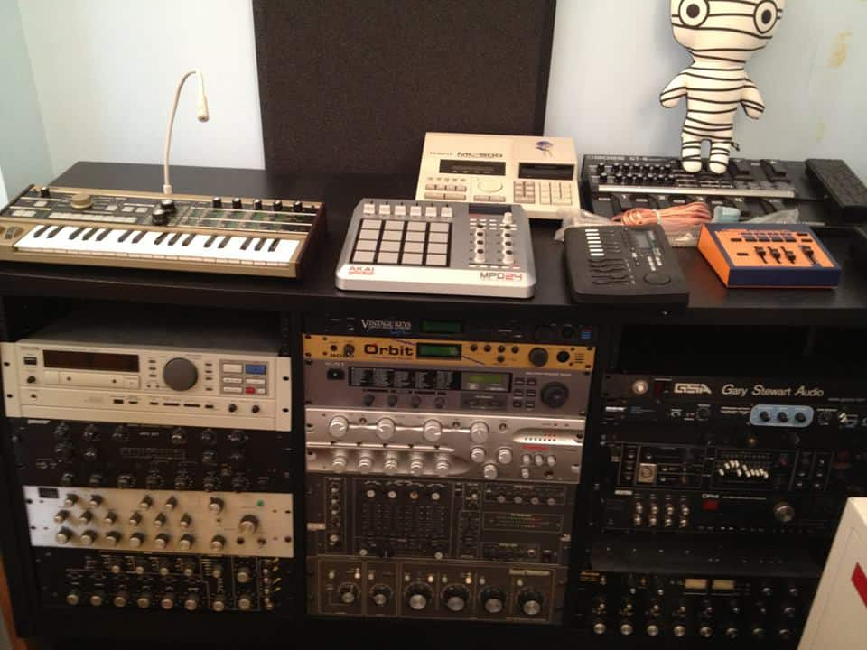 Danny Tengalia Home Studio8