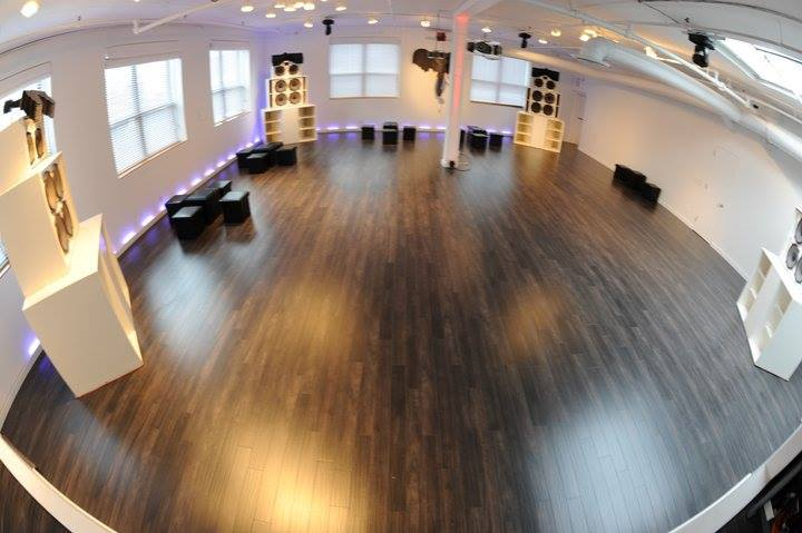 Danny Tengalia Home Studio9