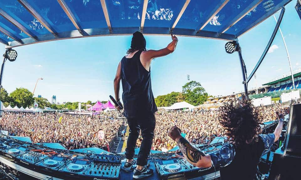DVBBS In Talks With Netflix To Star In A New Series Zac Efron Nyc