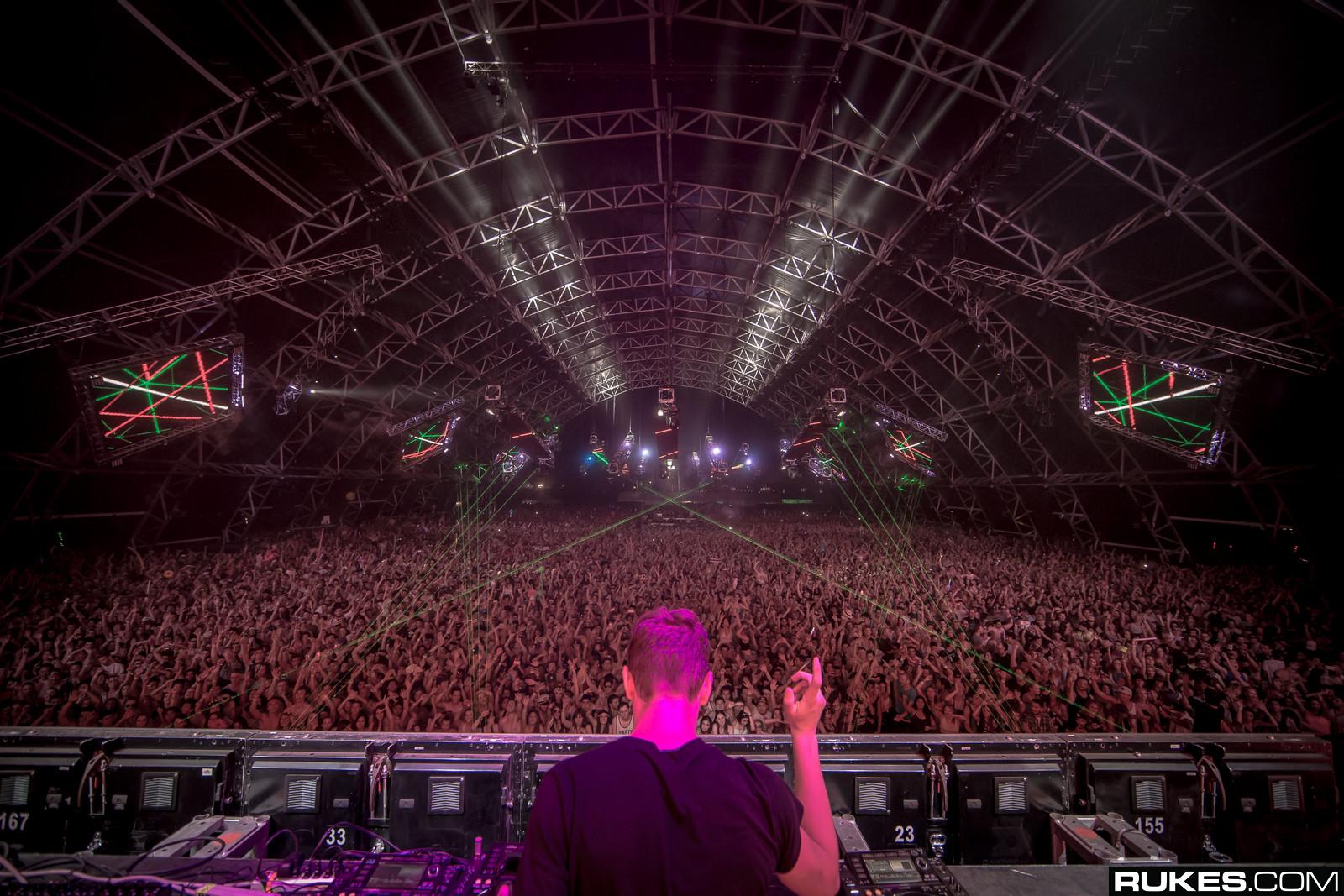 Coachella 2015 Live Stream