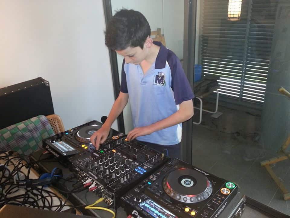 Black Summer DJ